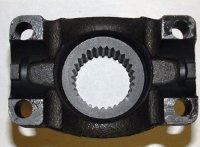 PM3-4-6211 YOKE - 1350 NON CV 32 SPLINE