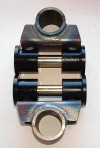"DM5030K916  HD SHACKLE BRACKET KIT (WELD) 9/16""bolt"